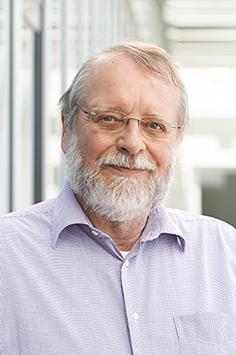 apl. Prof. Dr. Tim Clark